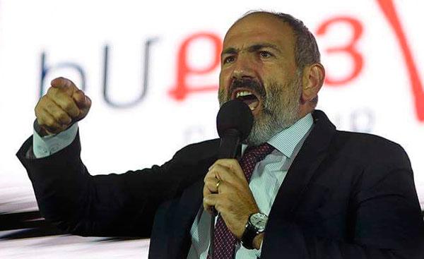 Пашинян демонстрирует диктаторские замашки и не скрывает их. Мы превращаемся в Азербайджан, только без нефти