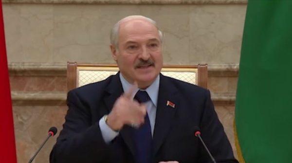 Лукашенко - Пашиняну: «Покритикуй Владимира Владимировича... чего ты язык засунул...?» (ВИДЕО)